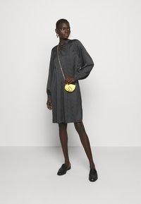Bruuns Bazaar - ACACIA ARIE DRESS - Denní šaty - black - 1