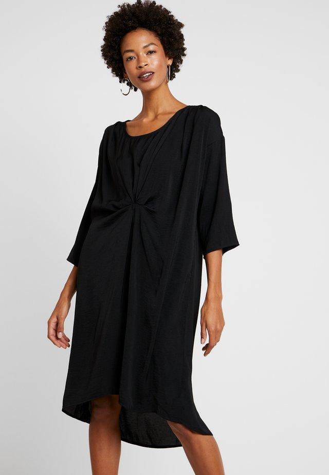DARLENE DRESS - Vapaa-ajan mekko - black