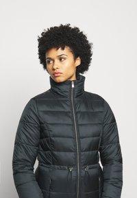Barbour - ANGUS QUILT - Short coat - black - 6