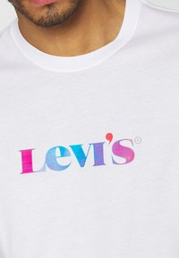 Levi's® - RELAXED FIT TEE UNISEX - T-shirt con stampa - neutrals - 5