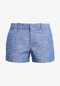 GAP - CITY SHORT CHAMBRAY - Shorts - medium indigo - 4