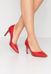 PERLATO - Classic heels - jamaica kiss - 0