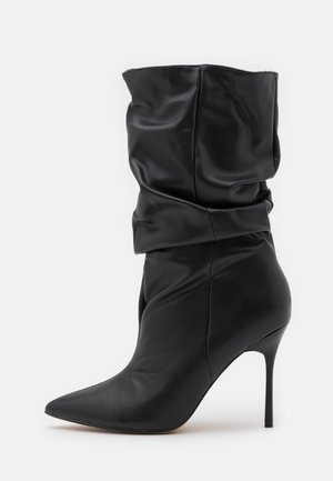 THIN HEEL RUCHED BOOT - Boots med høye hæler - black