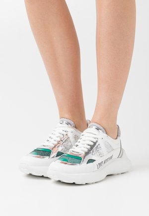 Trainers - white/turquoise/multi-coloured