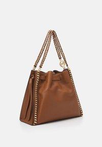 MICHAEL Michael Kors - MINA CHAIN TOTE - Handbag - brown - 2