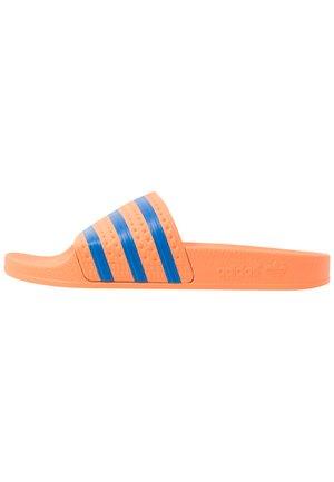 ADILETTE - Pantofle - glow blue
