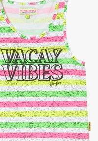 Vingino - PILAINE - Sukienka z dżerseju - neon pink - 2
