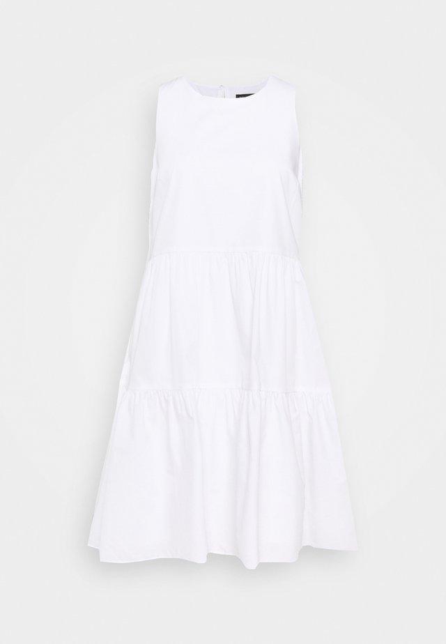 TIERED MINI - Vapaa-ajan mekko - white