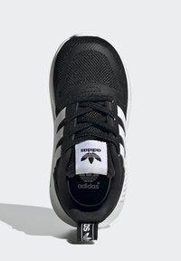 adidas Originals - MULTIX UNISEX - Baby shoes - core black/ftwr white/core black - 3