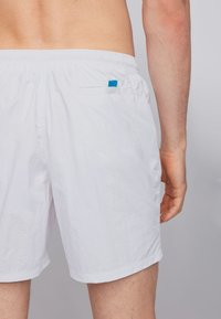 BOSS - OCTOPUS - Badeshorts - natural - 2