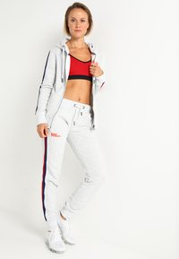 Superdry - DIAMOND LABEL  - Tracksuit bottoms - ice marl - 1