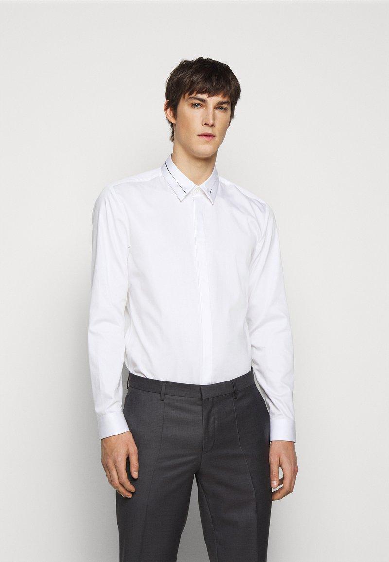 HUGO - KEEFE  - Formální košile - open white