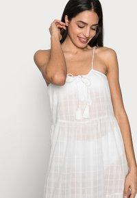 ONLY - ONLLISE LONG BEACH DRESS - Vestido informal - cloud dancer - 3