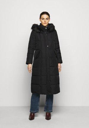 HAND MAXI COAT - Kabát zprachového peří - black