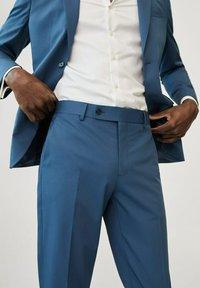 Mango - Pantalon de costume - sky blue - 2
