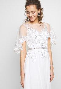 Luxuar Fashion - Společenské šaty - ivory - 5
