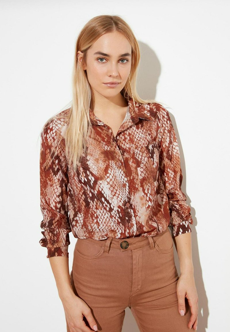 Trendyol - Button-down blouse - brown