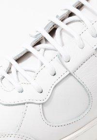 Royal RepubliQ - BOLT OXFORD SHOE - Sneakers - white - 2