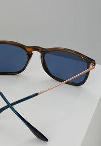 Ray-Ban - CHRIS - Sluneční brýle - black/blue - 4