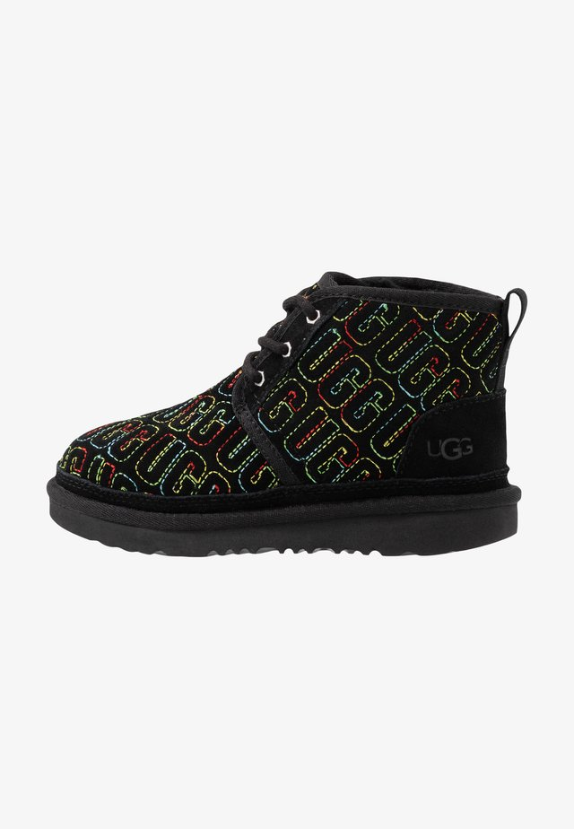 NEUMEL GRAPHIC STITCH - Bottines à lacets - black