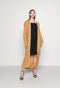 Missguided - LONGLINE PATCH POCKET CARDI - Cardigan - camel - 1