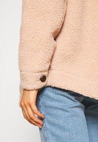 Vero Moda - VMZAPPA JACKET - Winter jacket - mahogany rose - 5