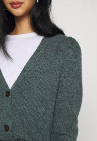 ONLY - ONLMIRA CARDIGAN - Cardigan - balsam green melange - 4