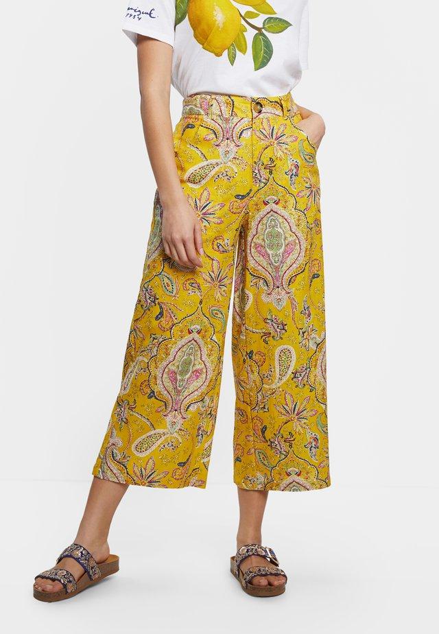LUCAS - Spodnie materiałowe - yellow
