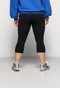 Even&Odd Curvy - CROPPED - Leggings - Trousers - black - 3