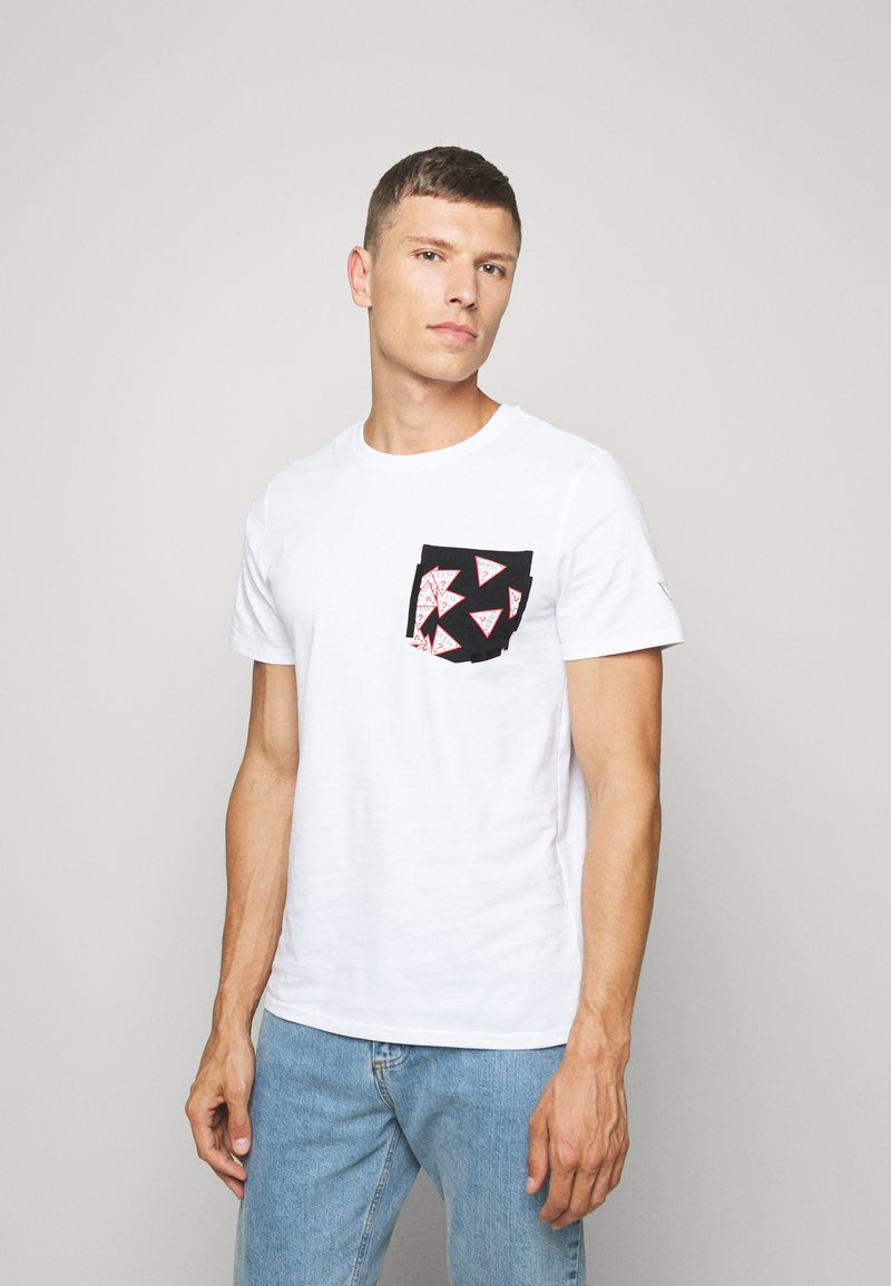 Guess - MULTITUDE TEE - T-shirt con stampa - blanc pur