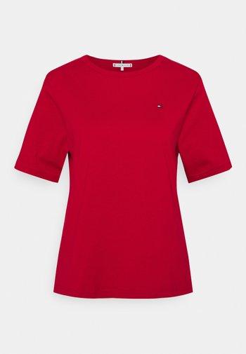 RELAXED - Camiseta estampada - primary red