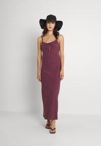Afends - HIGHLAND - Maxi dress - red - 1