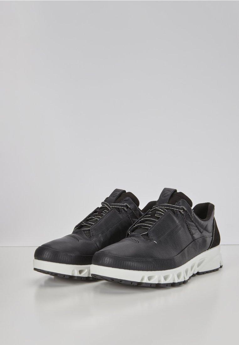 ECCO MULTI-VENT - Sneaker low - black/schwarz - Herrenschuhe JGfMD