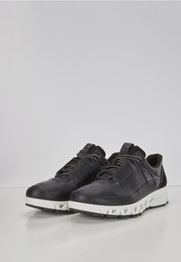 ECCO - MULTI-VENT - Trainers - black - 2