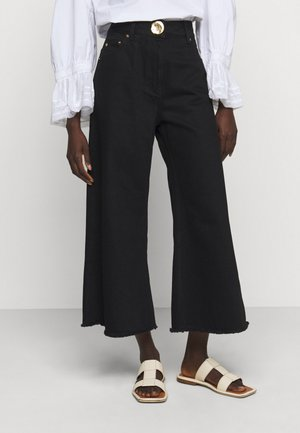 CROPPED WIDE LEG TROUSER - Relaxed fit jeans - black