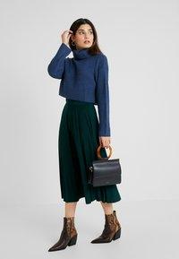 Anna Field Petite - A-line skirt - scarab - 1