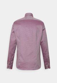OLYMP Level Five - Formal shirt - granat - 1