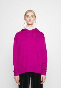 Nike Sportswear - HOODIE TREND - Sweat à capuche - cactus flower/white - 0
