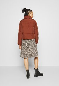 JDY - JDYNEWERICA PADDED JACKET - Winter jacket - cherry mahogany - 2