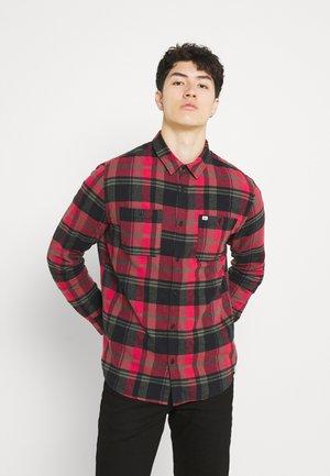BARDWELL - Shirt - american red