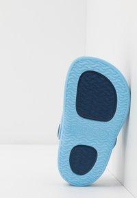 IGOR - SURFI - Sandały kąpielowe - marino - 5