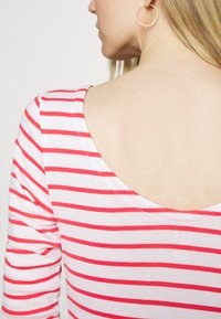 GAP - BALLET 2 PACK  - Print T-shirt - red white