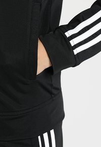 adidas Performance - ESSENTIALS 3STRIPES SPORT TRACKSUIT - Tracksuit - black/white - 6