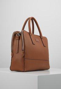 comma - PURE ELEGANCE HANDBAG - Briefcase - cognac - 3