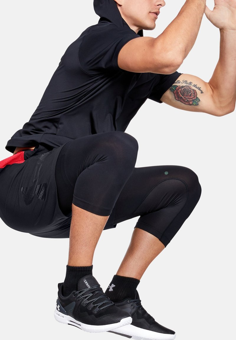 Under Armour - VANISH  - Sports shorts - black