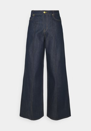 EXAGERATED WIDE LEG - Flared Jeans - blue denim