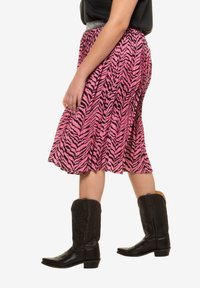 Studio Untold - A-line skirt - light pink - 2