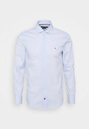 MINI GEO PRINT SHIRT - Formal shirt - light blue/white