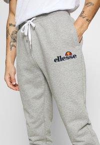 Ellesse - NIORO - Tracksuit bottoms - grey - 5