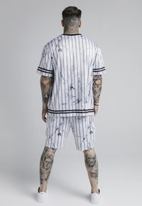 SIKSILK - MARBLE RELAXED - Shorts - white/grey - 2